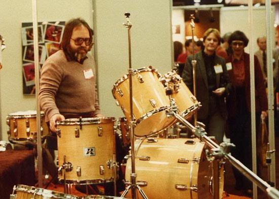 drummerworld  ron tutt