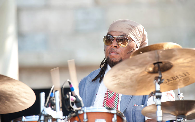 Terreon Gully Drummerworld