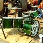 John-Bonham-Green-Sparkle-Drum-Kit.jpg