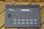 58d5856c4ff1c_Yamaha_RY30_Rhythm_Programmer(1).jpg.00d34c39da9c6d8ff8d0553b1dd40941.jpg