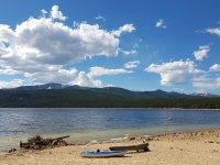 turquiose lake.jpg