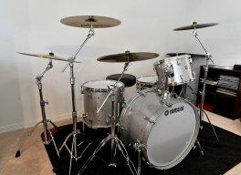 drums in car-8.jpg
