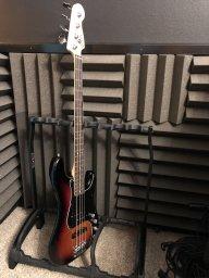 FenderAmericanEliteP-Bass.jpg