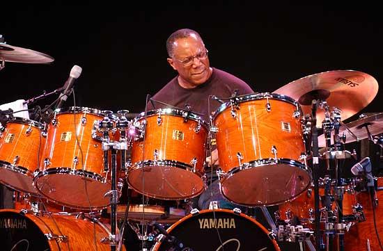 http://www.drummerworld.com/pics/drum22/billycobham1.jpg