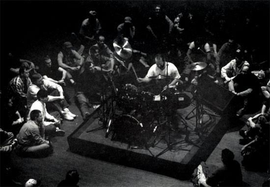 Drummerworld Rick Gratton