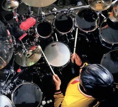 Carter Beauford Drummerworld