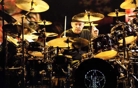 Drummerworld Neil Peart