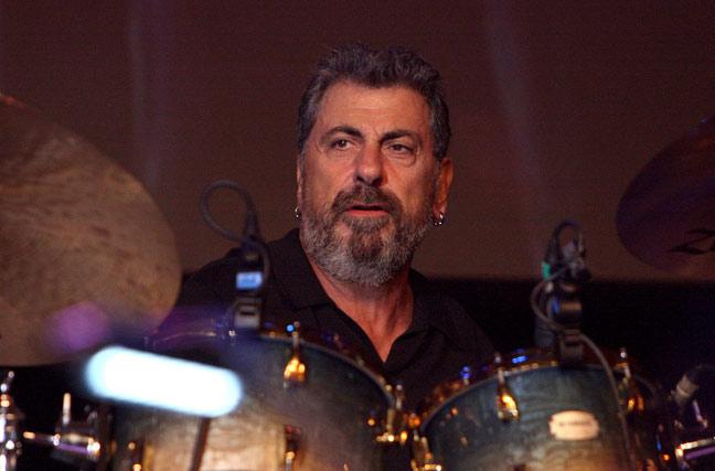 Drummerworld: Rick Marotta