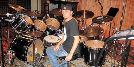 Drummerworld: Dave Lombardo