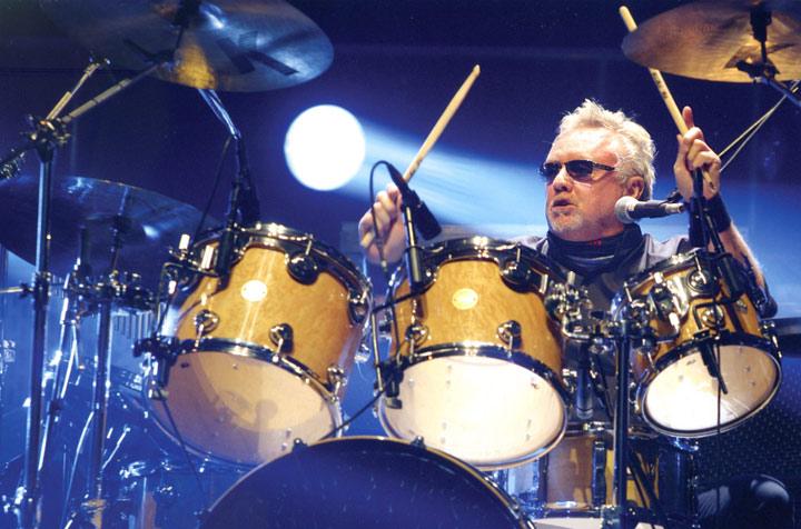 Drummerworld: Roger Taylor