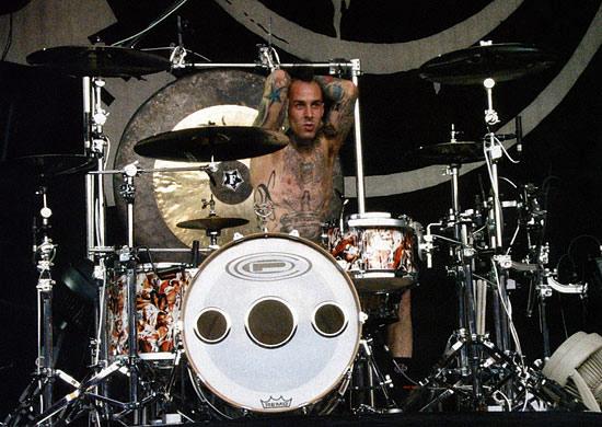 Travis Barker Drummerworld