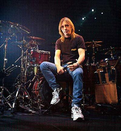 Phil Rudd baterista de Ac/Dc